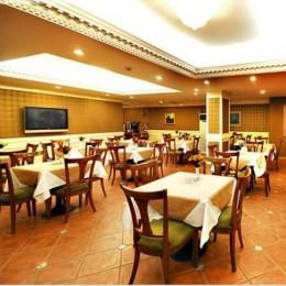 Golden Crown Hotel 3
