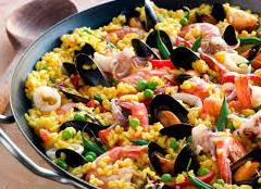 Паэлья - традиционное блюдо из риса