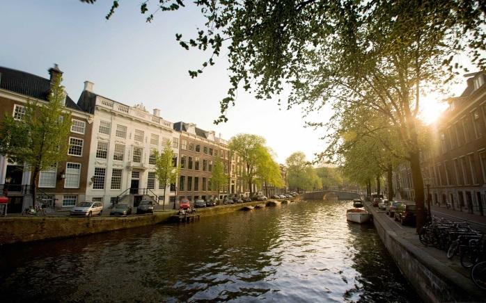 Канал Херенграхт в Амстердаме