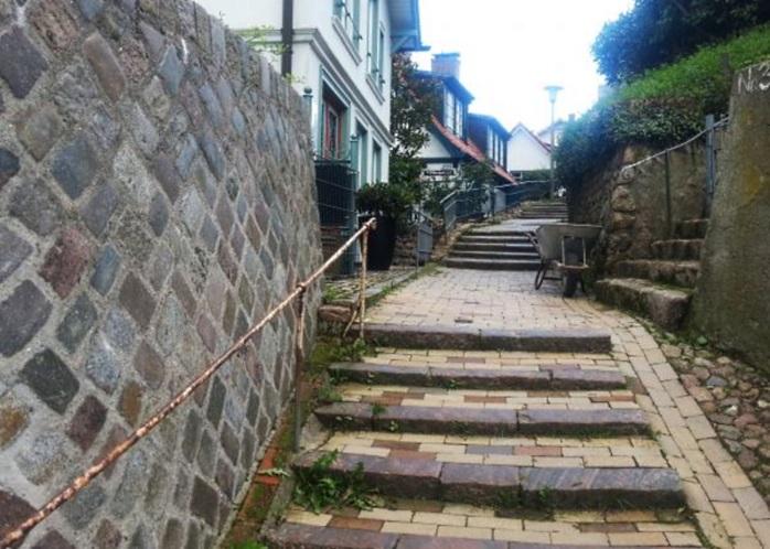 Лестница в Бланкенезе насчитывает почти 5000 ступеней