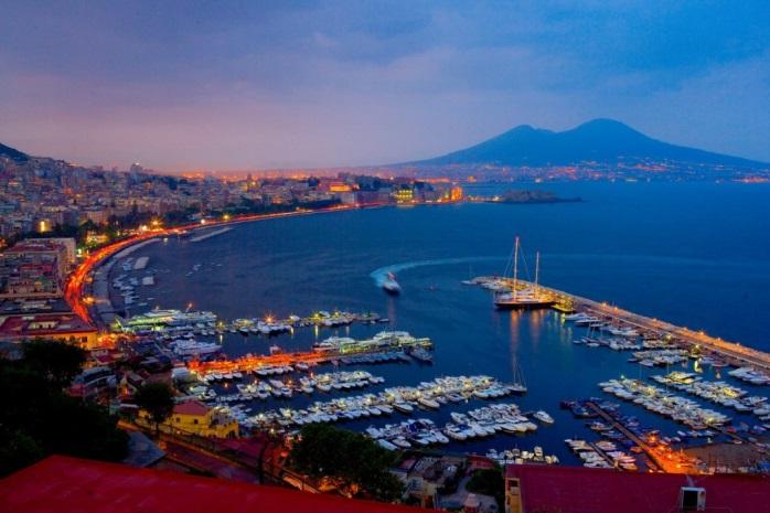 Вечерний Неаполь
