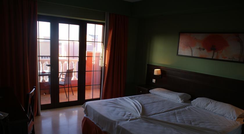 Grand Hotel Callao2