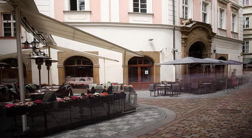 Palác U Kocku 3*