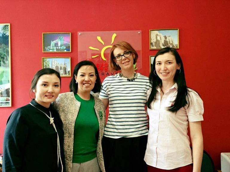 Татьяна Кондратенко с казахскими партнёрами