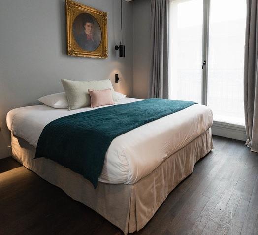 COQ Hotel Paris Classic Room_1