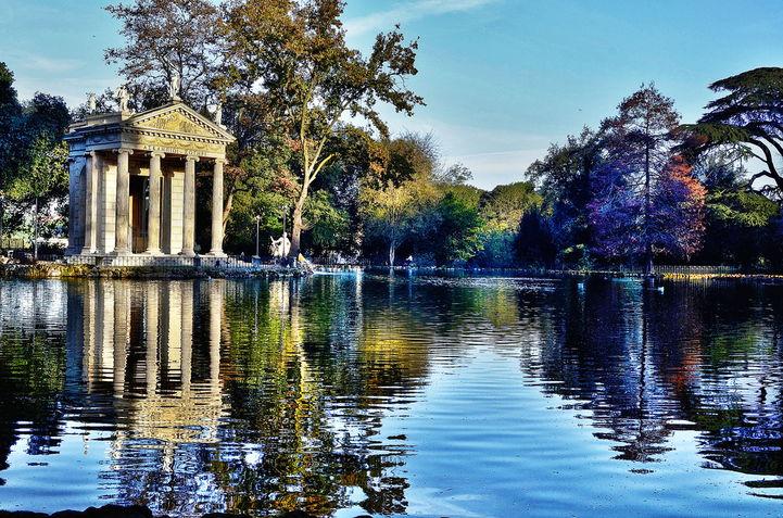 Озеро Виллы Боргеза: приятное место, где можно укрыться от городской суеты.